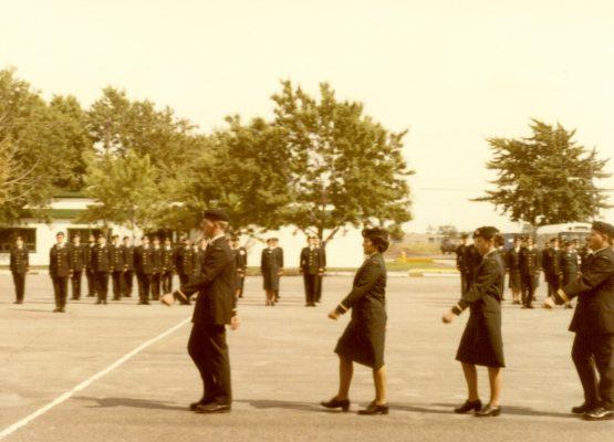 1979-Longue-Pointe-Parade-Square-Officier-sous-lieut-3-555x400
