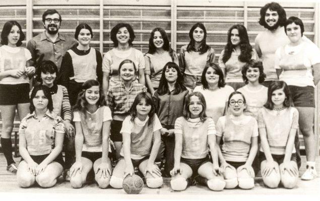 1975-Handball-équipe-SFX-635x400